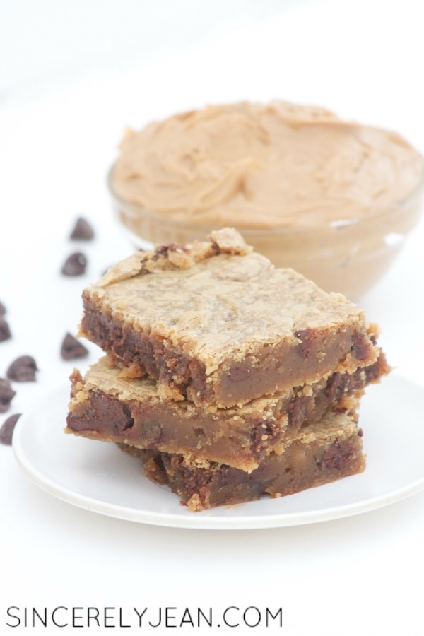 Peanut Butter Chocolate Chip Blondies - Sincerely Jean