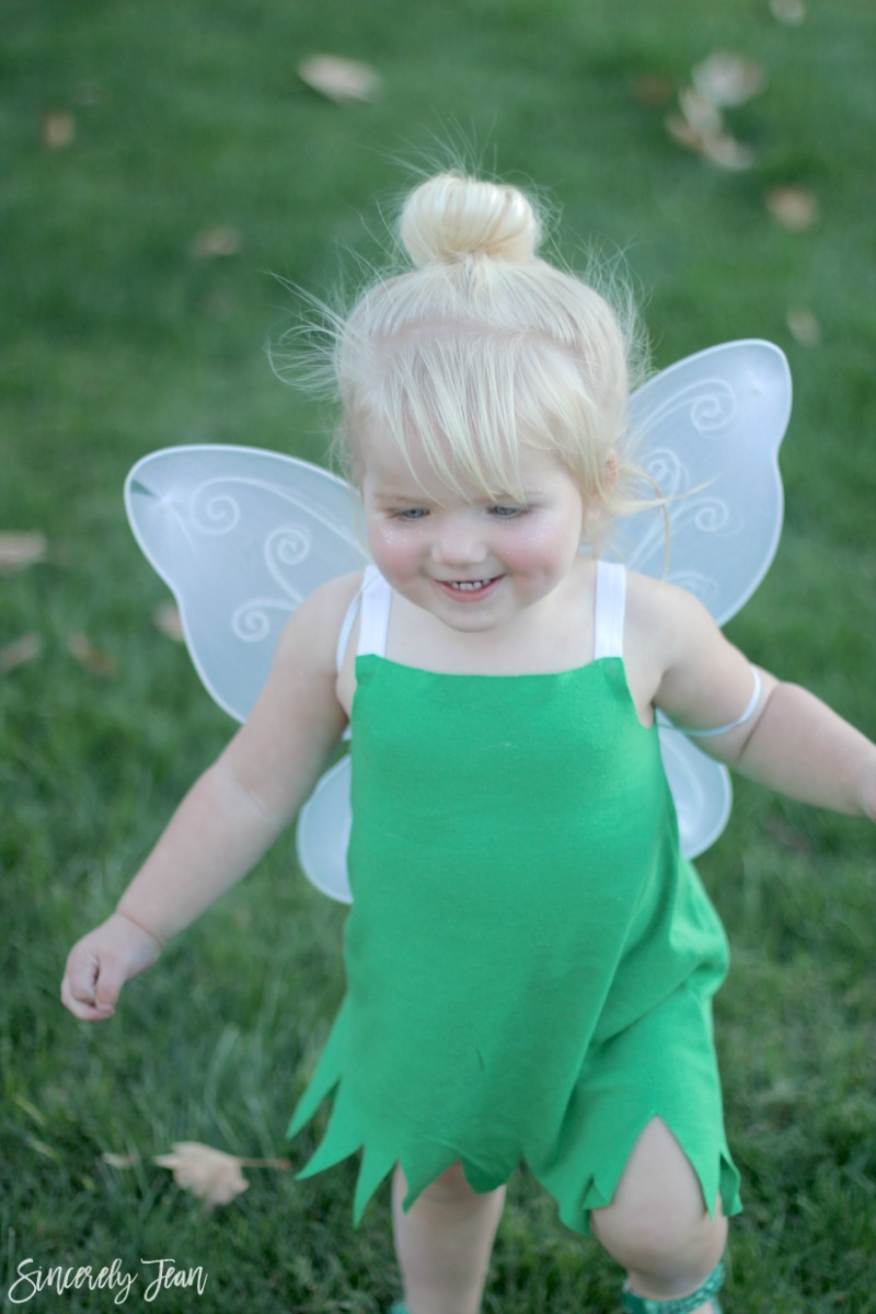 DIY Tinker Bell Halloween Costume and Hair Tutorial - Simple and cute tutorial on how to make a toddler Tinker Bell costume and tips for doing the hair! Perfect Halloween costume for toddlers! | www.sincerelyjean.com