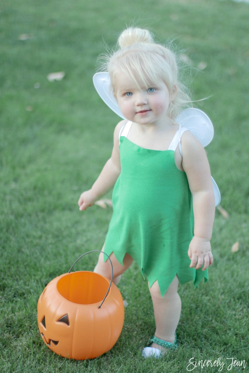 Halloween Costume - DIY Toddler Tinker Bell Costume and Hair - Simple and cute tutorial on how to make a toddler Tinker Bell costume and tips for doing the hair! | www.sincerelyjean.com