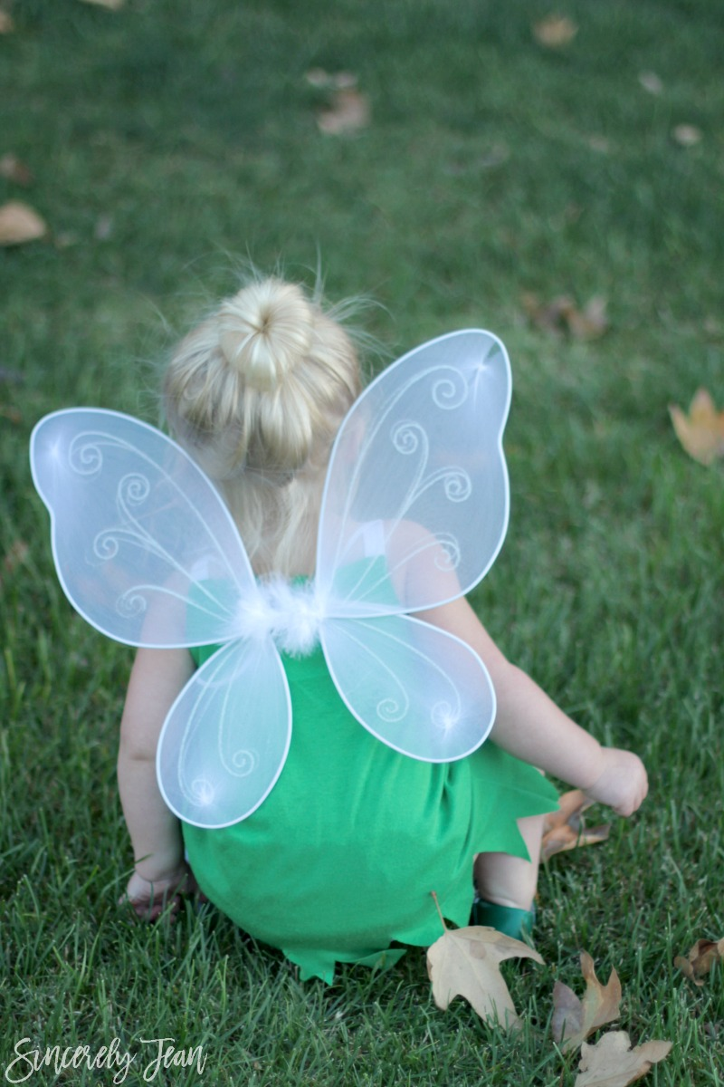 DIY Toddler Tinker Bell Costume and Hair - Simple and cute tutorial on how to make a toddler Tinker Bell costume and tips for doing the hair! Perfect toddler girl Halloween costume! | www.sincerelyjean.com