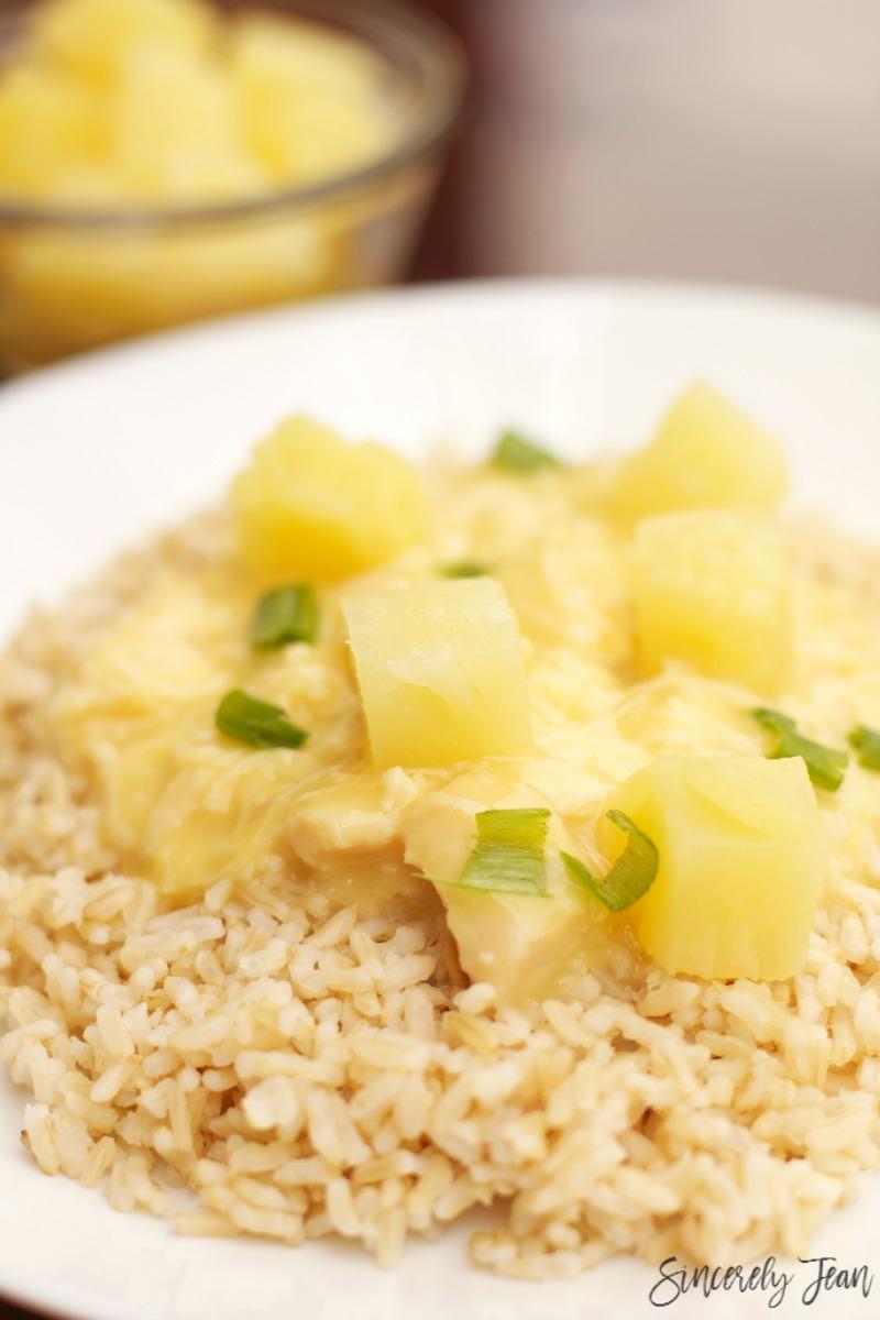 SincerelyJean.com brings you a simple five ingredient dinner - delicious and warm Hawaiian Haystacks!