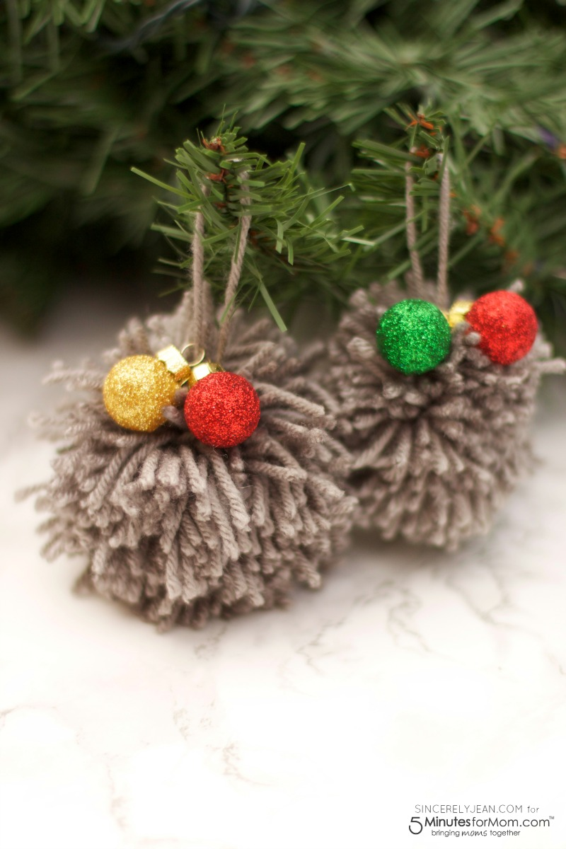 SincerelyJean.com brings you a DIY Christmas Pom Ornament Tutorial