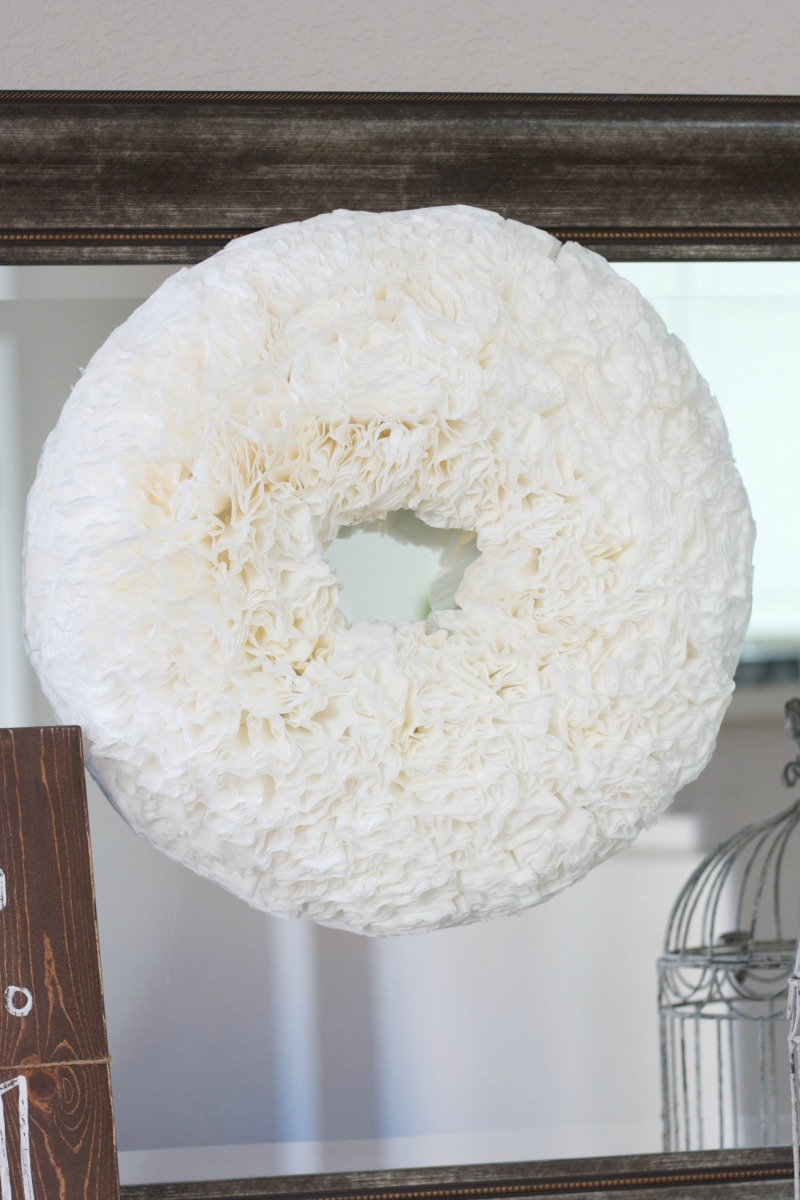 DIY Coffee Filter Wreath simple easy cute spring craft DIY